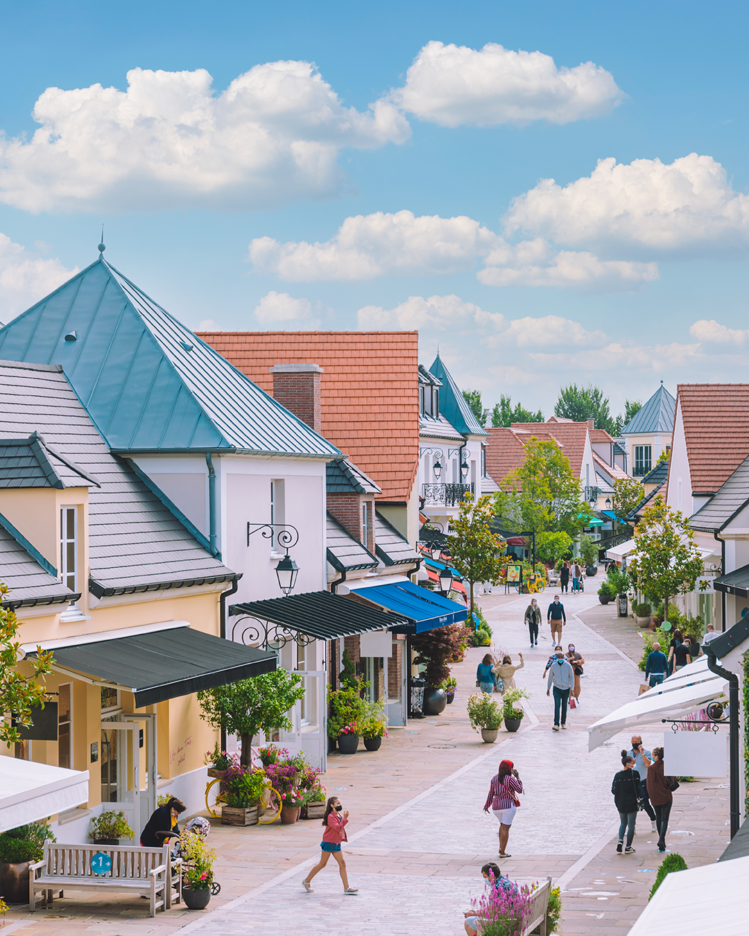 Luxury Shopping Day Experience at La Vallée Village